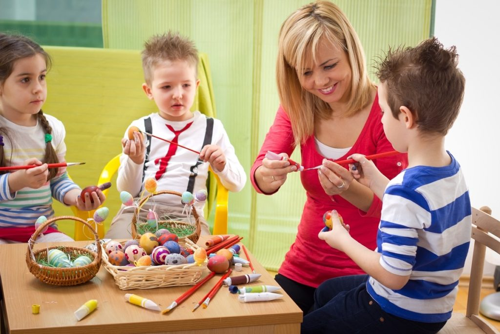 teaching kids in preschool